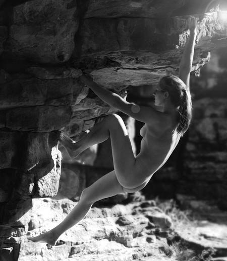 Фотографии на скалах: женщины с твердым, как камень, характером. — фото 8