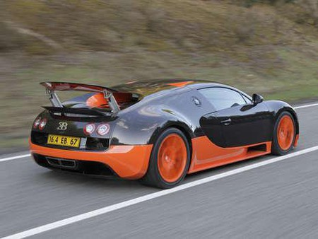 Bugatti Veyron SuperSport — быстрее скорости...