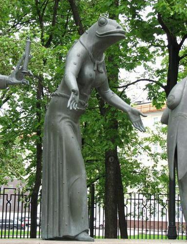 Памятник на Болотной в Москве. Чтобы уберечь детей от пороков взрослых — фото 8