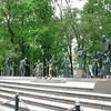 Памятник на Болотной в Москве. Чтобы уберечь детей от пороков взрослых