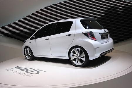 Новый Yaris для европейцев от Toyota — фото 3