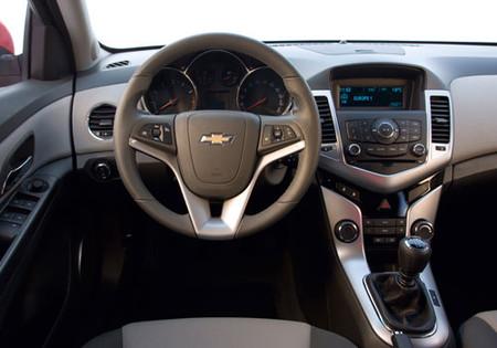 Chevrolet Cruze — фото 2