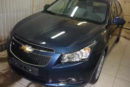 Chevrolet Cruze — фото 1
