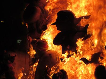 Праздник Фальяс в Валенсии – вихрь огненного веселья! — фото 6