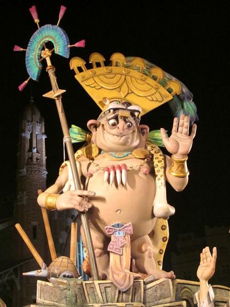Праздник Фальяс в Валенсии – вихрь огненного веселья! — фото 5