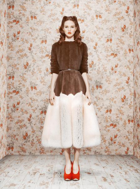 Пышная юбка и платочек на голове — образ барышни-крестьянки