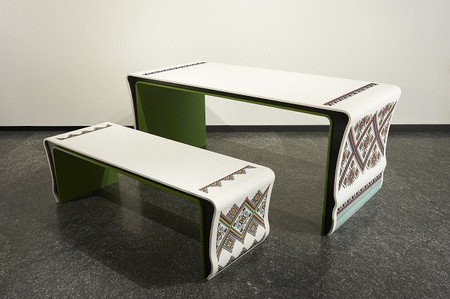Вышивка по камню – мебель Ярослава Галанта — фото 2