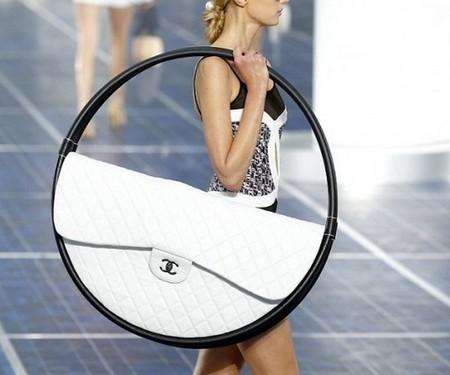 Креатив от Chanel – сумки для весны 2013 — фото 4