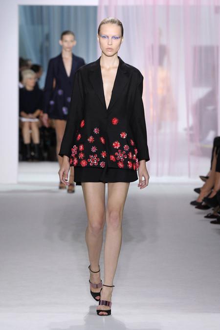 Женская коллекция Dior весна-лето 2013 — фото 47