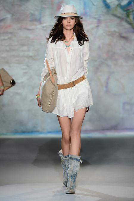 Patrizia Pepe весна-лето 2013 – городская одежда «с перчинкой» — фото 32