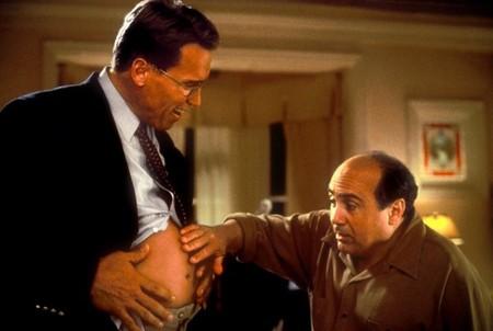 Беременный мужчина — хорошая и беспроигрышная тема для комедий)