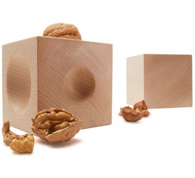 Необычные и разные щелкунчики для орехов — фото 18