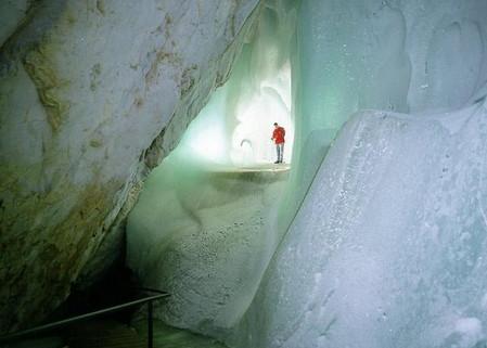 Эйсризенвельт – ледяная пещера в Австрии. Если хочется мороза летом. — фото 8