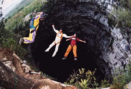 Экстрим и ласточки: пещера Sótano de las Golondrinas в Мексике — фото 10