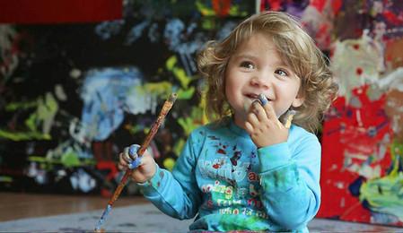 Тут ей года два — как раз в этом возрасте прошла ее первая выставка