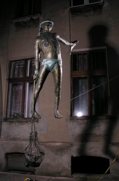 Скульптуры в воздухе от Jerzy Kedziora — фото 26