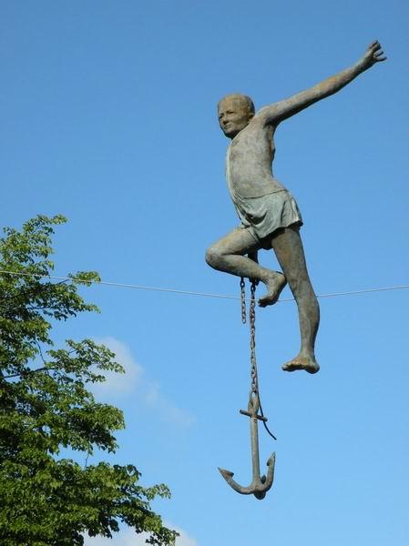 Скульптуры в воздухе от Jerzy Kedziora — фото 9