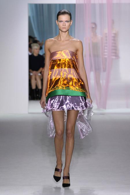 Женская коллекция Dior весна-лето 2013 — фото 21