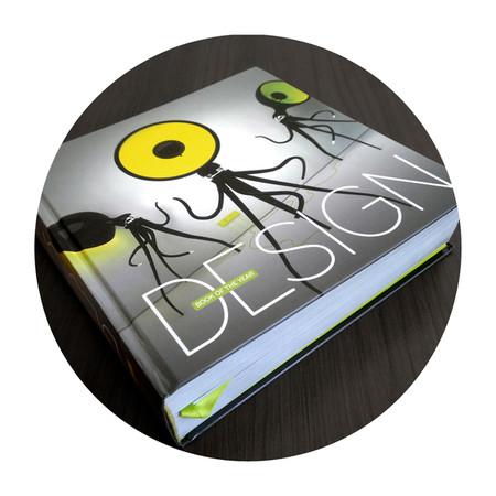 Октопусси на обложке дизайнерской книги года