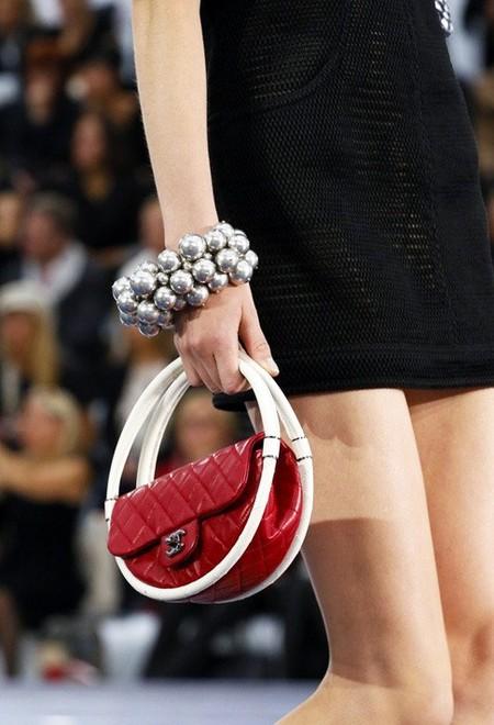 Креатив от Chanel – сумки для весны 2013 — фото 8
