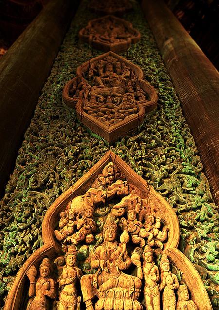 Храм Истины – настоящий деревянный шедевр — фото 12
