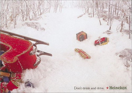 Праздничная реклама знаменитого пива — не пей за рулем, Санта!