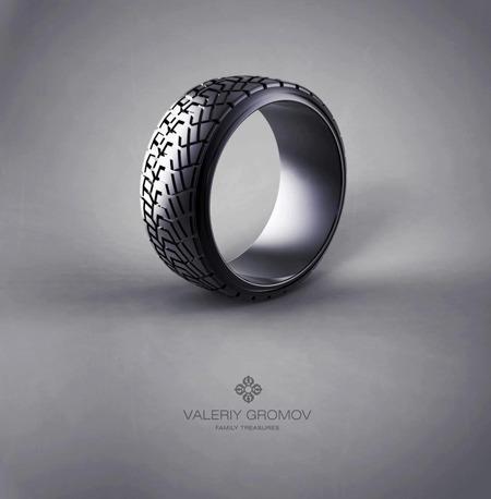 Это кольцо вызвало настоящий ажиотаж вокруг имени мастера