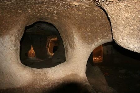 Заглянем вовнутрь домиков — конусов