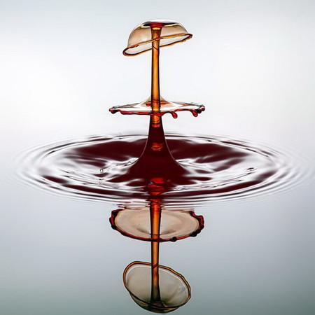 Скульптуры из … воды. Макрофотографии разноцветных капель — фото 15