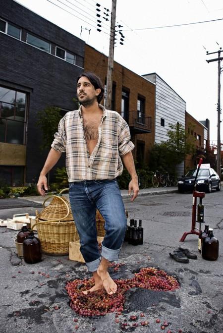 Дэвид Лусиано и Клаудиа Фикка. Что делает художник, когда ему надоедают дорожные ямы? Серию картин! — фото 1