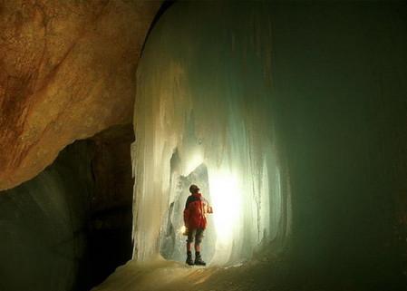 Эйсризенвельт – ледяная пещера в Австрии. Если хочется мороза летом. — фото 10