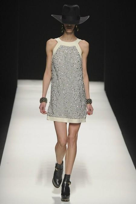 Из коллекции Moschino 2012