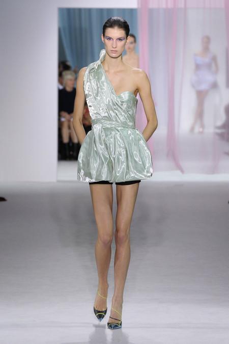 Женская коллекция Dior весна-лето 2013 — фото 11