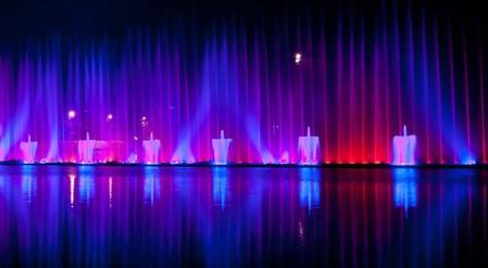 Самые необычные и красивые фонтаны. Но не все ))) — фото 21