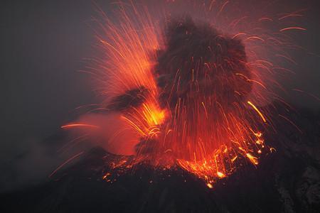Вулканы – страсть фотографа Martin Rietze — фото 30