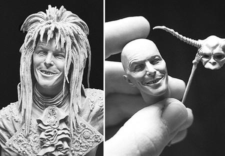 Дэвид Боуи, с фирменной улыбочкой