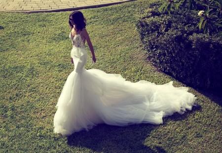 Свадебная коллекция Zahavit Tshuba – если хочется нежное и необычное платье — фото 25