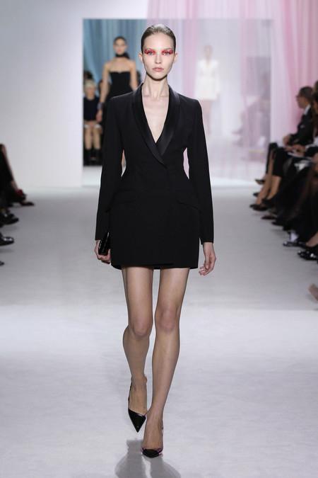 Женская коллекция Dior весна-лето 2013 — фото 4