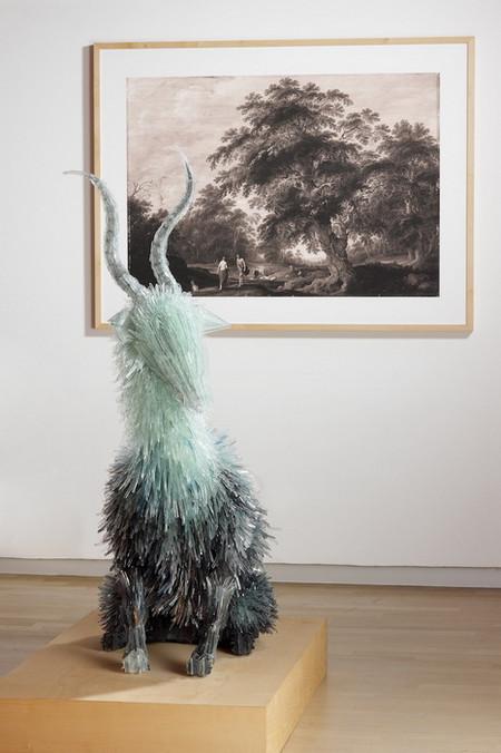 Скульптуры из битого стекла от Марты Клоновской — фото 17