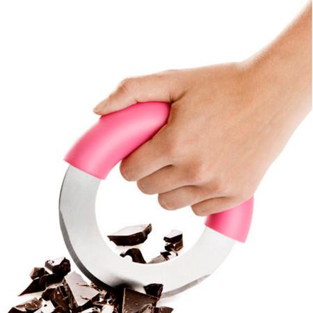 Подойдет для измельчения шоколада, зелени и прочих продуктов