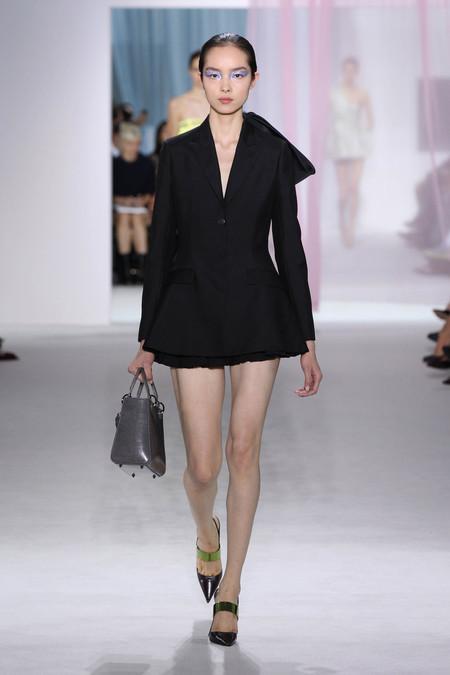Женская коллекция Dior весна-лето 2013 — фото 9