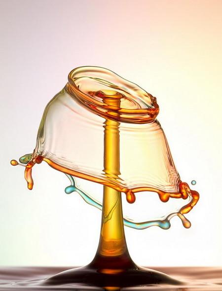 Скульптуры из … воды. Макрофотографии разноцветных капель — фото 5