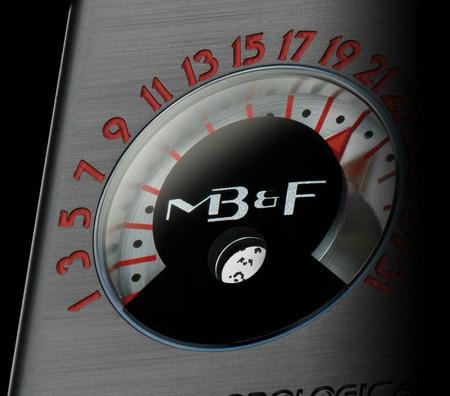 Роскошный нестандарт – часовые машины от MB&F — фото 18