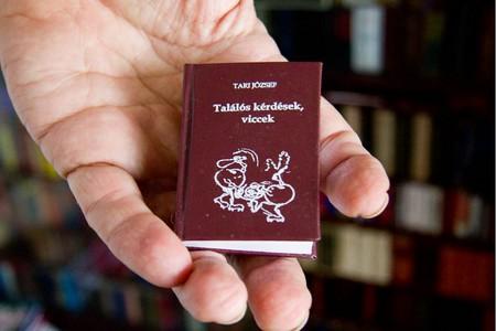 Самая большая библиотека самых маленьких книг – коллекция Джозефа Тари (Jozsef  Tari) — фото 19