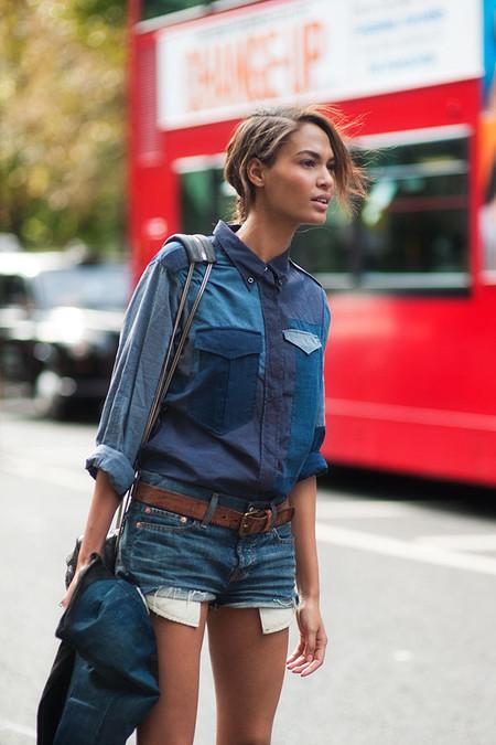 Ода джинсовой рубашке – сочиняем образы — фото 12