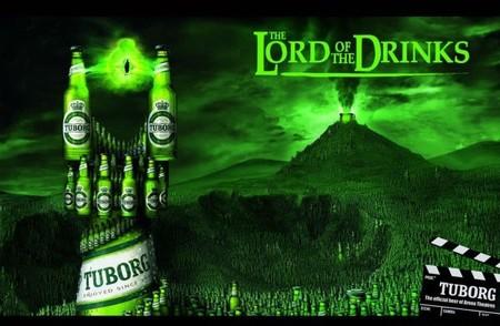 Властелин выпивки (игра слов – «rings» в названии фильма заменили на «drinks»).