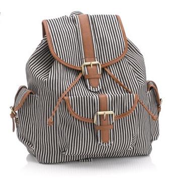 Модные сумки и клатчи Accessorize 2012 – яркие, строгие, разные — фото 34