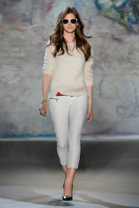 Patrizia Pepe весна-лето 2013 – городская одежда «с перчинкой» — фото 38