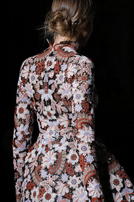 Кутюрная коллекция Valentino весна-лето 2013 – волшебство всегда в моде! — фото 50