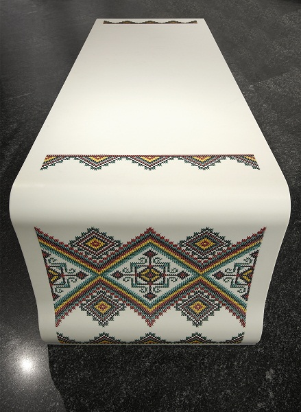 Вышивка по камню – мебель Ярослава Галанта — фото 3